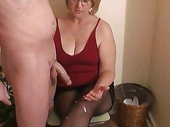 Porn Mature handjob